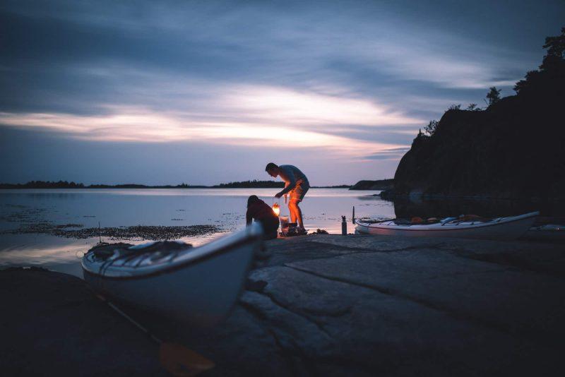 rob_washing_lantern_sunset_6x4_2000